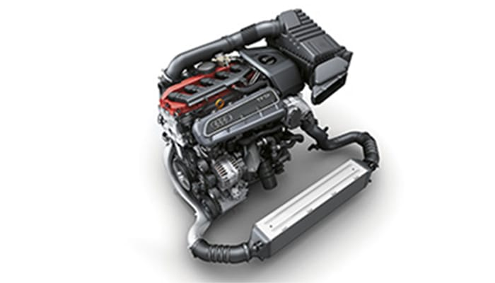 Audi-RS-Q3-Engine