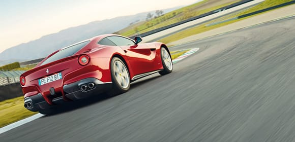 Ferrari-F12berlinetta-back-end-580x280.jpg