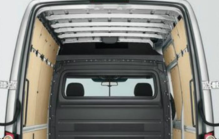 Volkswagen-Crafter-Effortless-Access