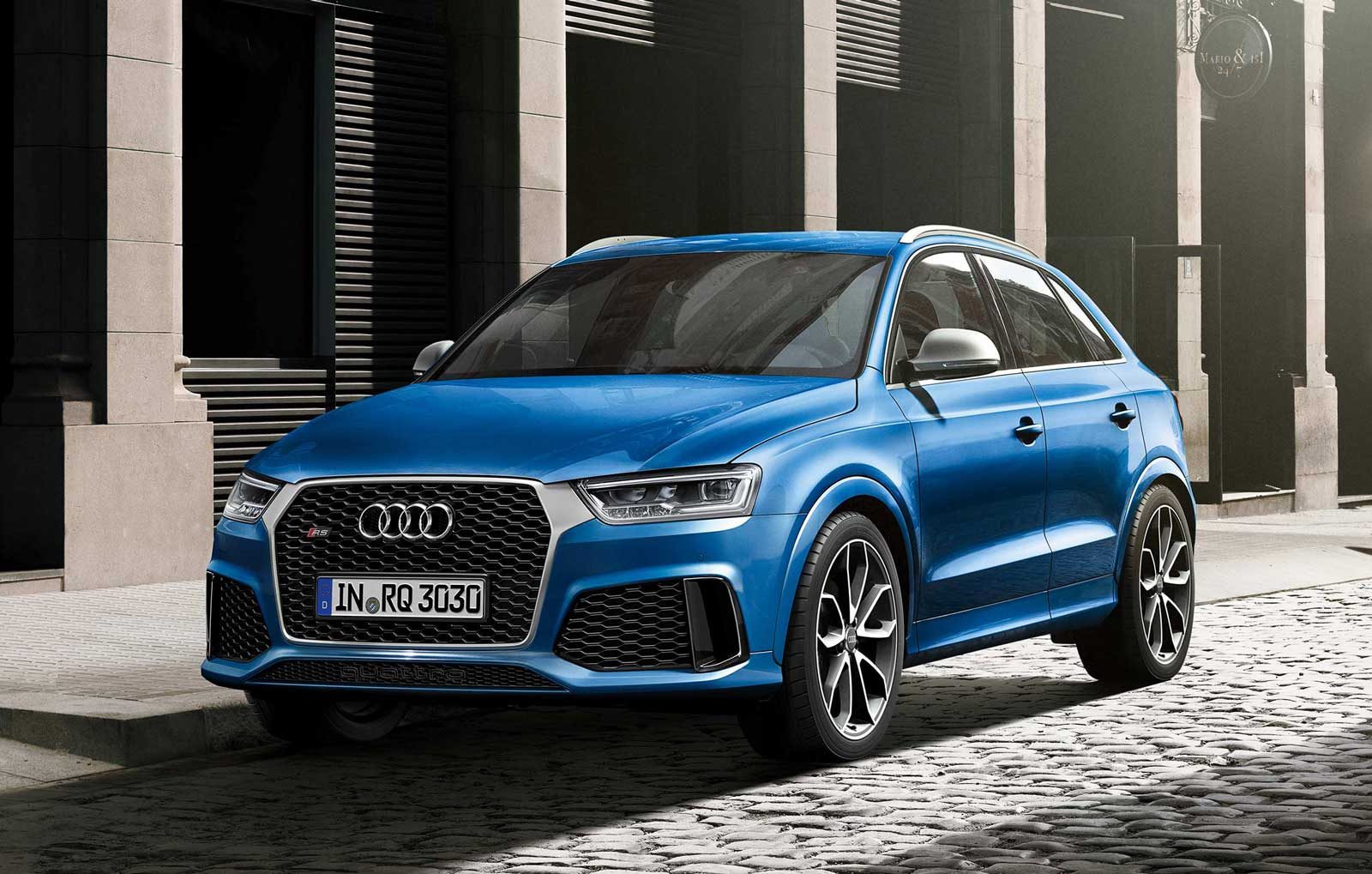 Audi-RS-Q3-Performance-Ascari-Blue-Front-Street